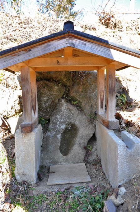 親田の座頭石